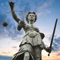 Поиски справедливости