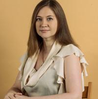 Лола Макарова